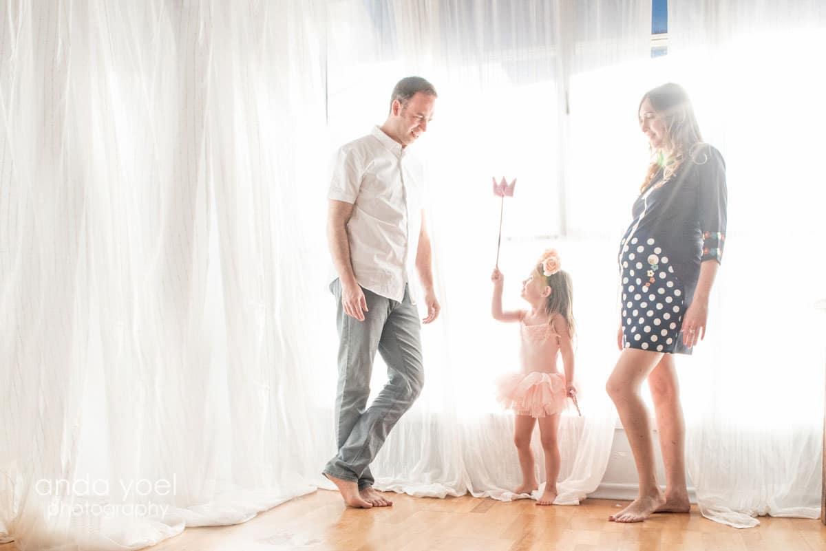 צילומי הריון ומשפחה בסטודיו - אנדה יואל