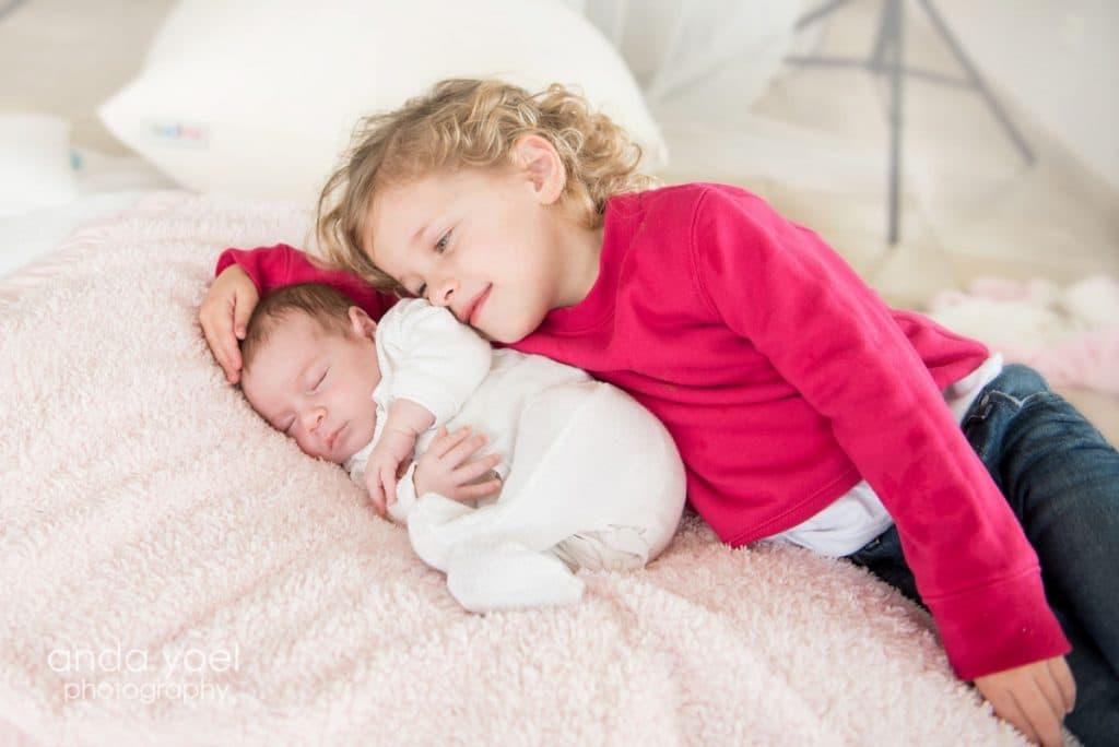צילום ילדים ותינוקות בבית