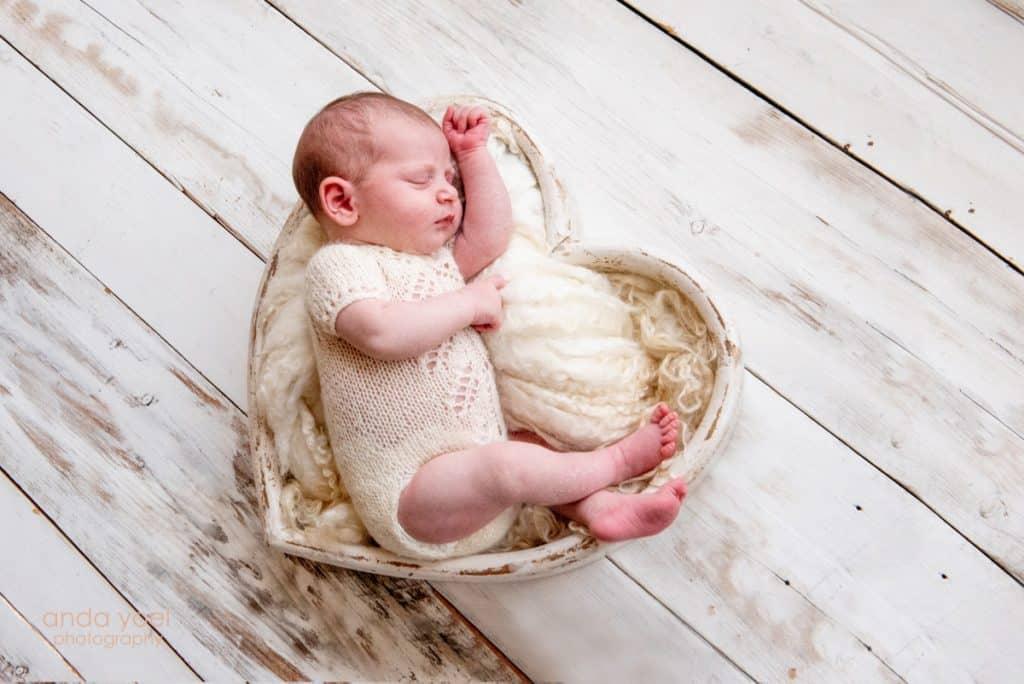 Newborn Photographer in israel - Anda Yoel